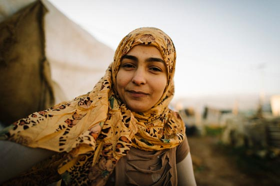 Kareena is a young Syrian woman who gave up her education to travel to Lebanon with her family. Now, she picks potatoes in a field for $1 a day