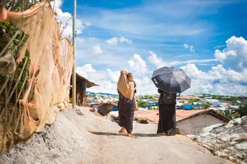 rohinga-health-worker